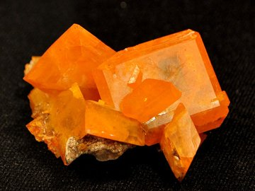 DSC 0190-wulfenite-old-yuma-mine 5B1 5D
